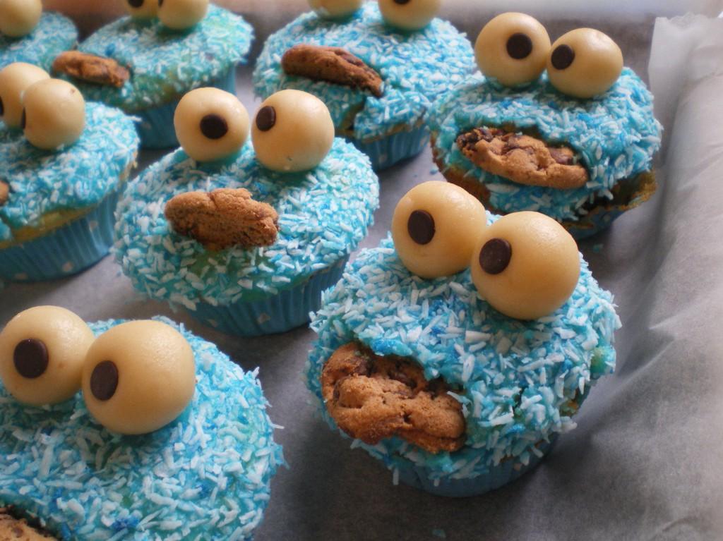 Nahaufnahme Krümelmonster-Muffins